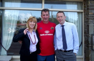 Rob Penny, the Munster Coach , with Allen and Therese